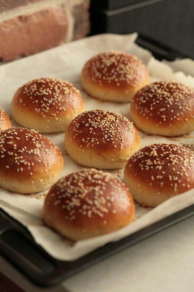 Burger Buns / Bread Machine Method