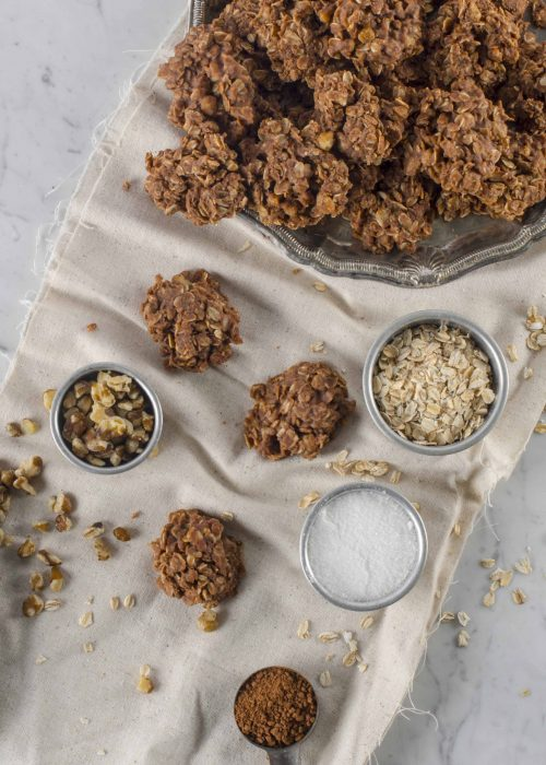 Aunt Sue's No Bake Black Walnut Cookie