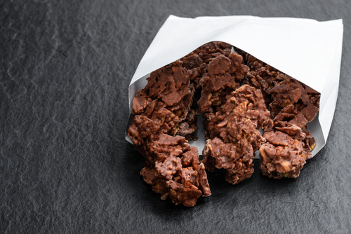 Chocolate Peanut Butter Clusters (No-Bake)