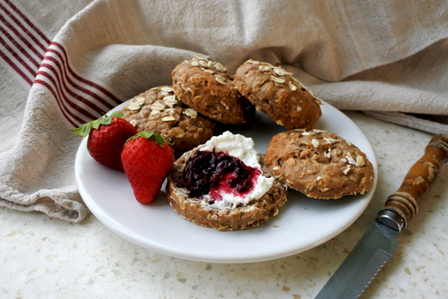 Whole Wheat Oatmeal Raisin Scones