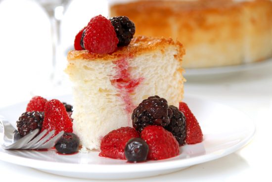 Angel Food Cake with Strawberry Topping