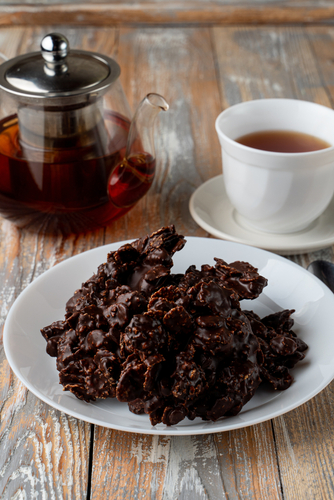 Chocolate Covered Trail Nut Clusters
